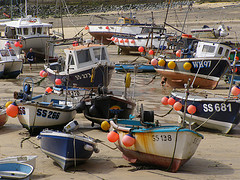 Boats_at_low_tide
